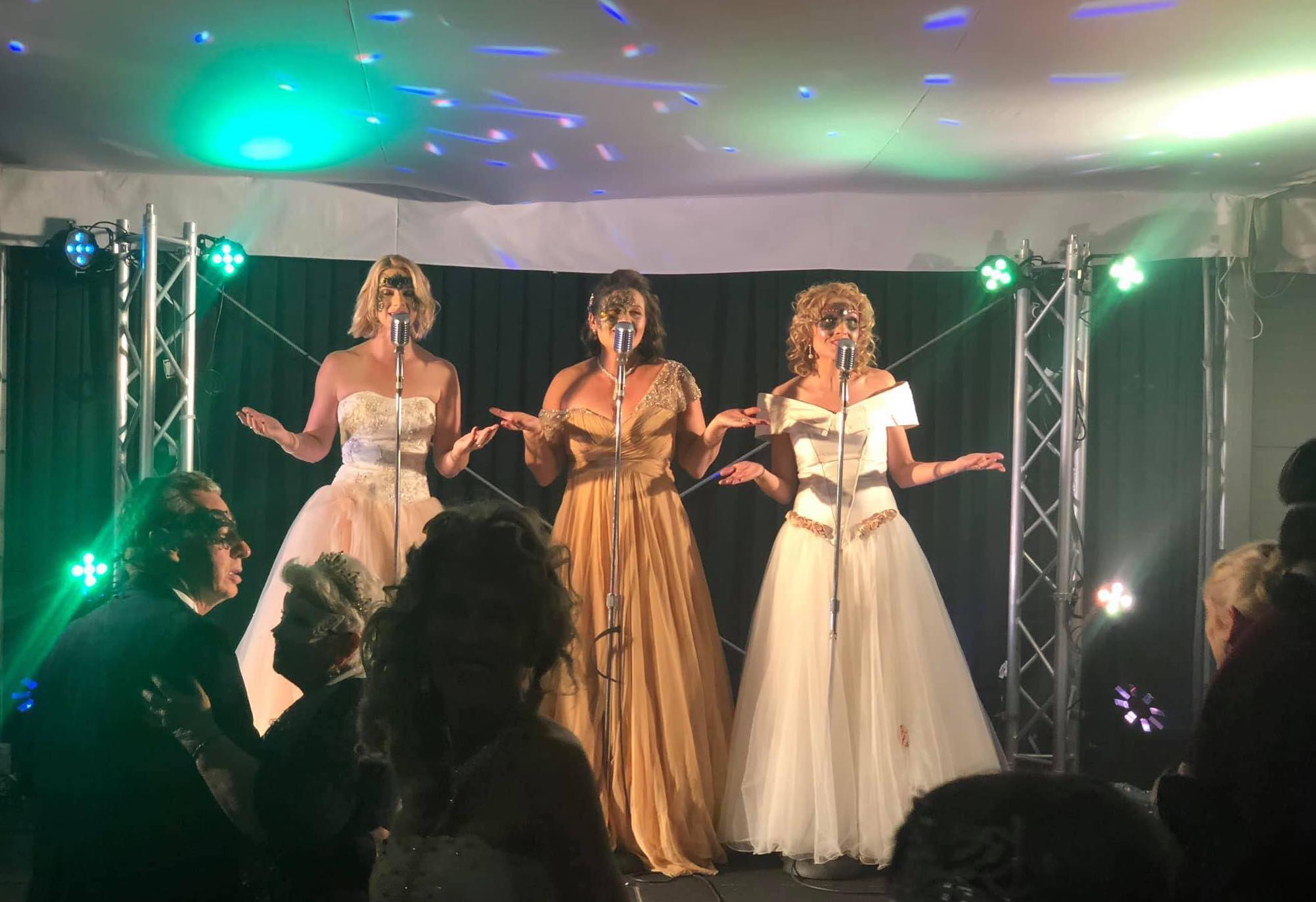 Sunshine Coast Masquerade Ball 2019 – The Kitty Kats